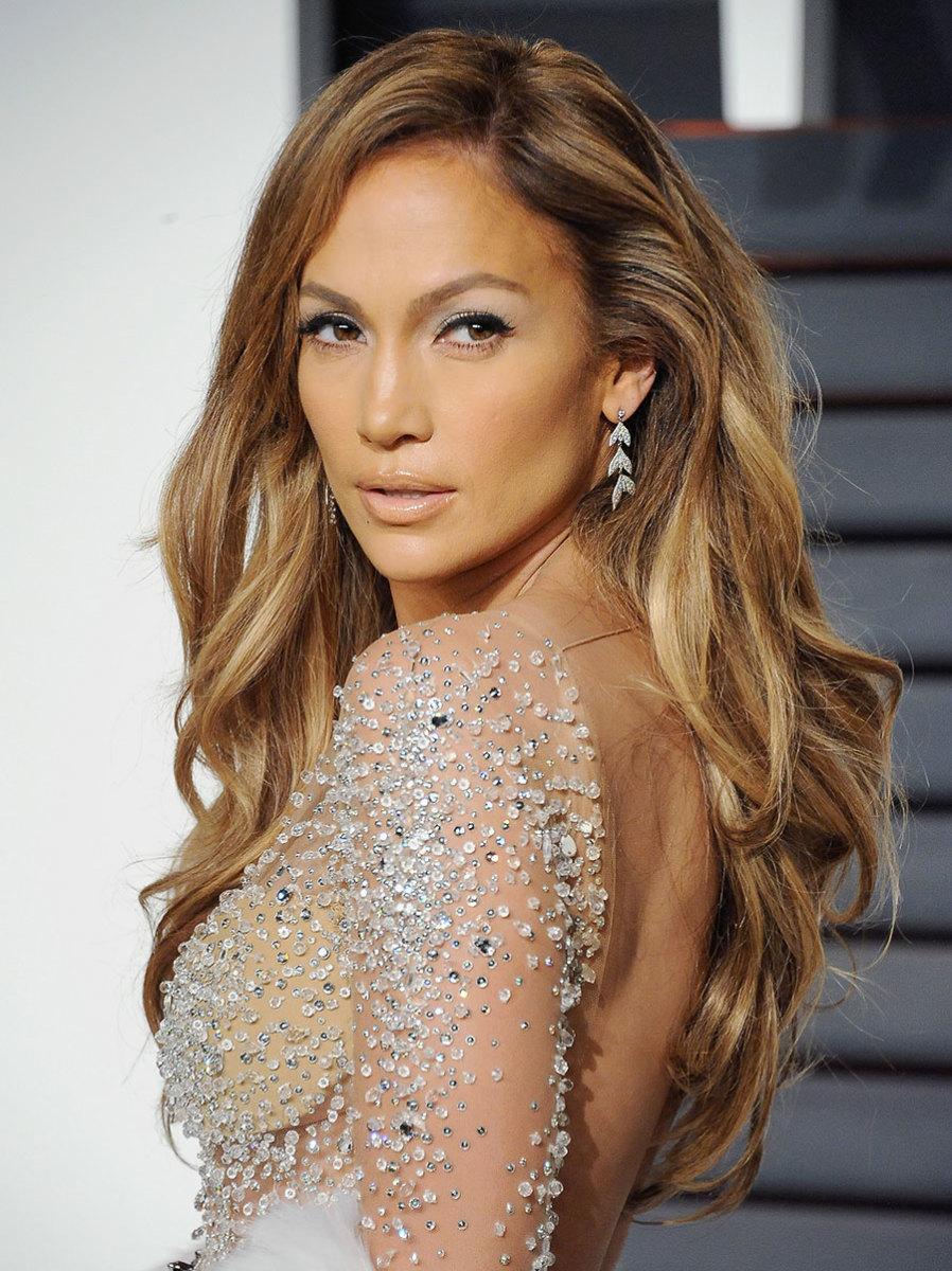 Jennifer Lopez revela fotos íntimas do pedido