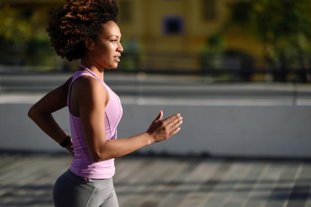 5 erros que fazem com que corra regularmente e não perca peso