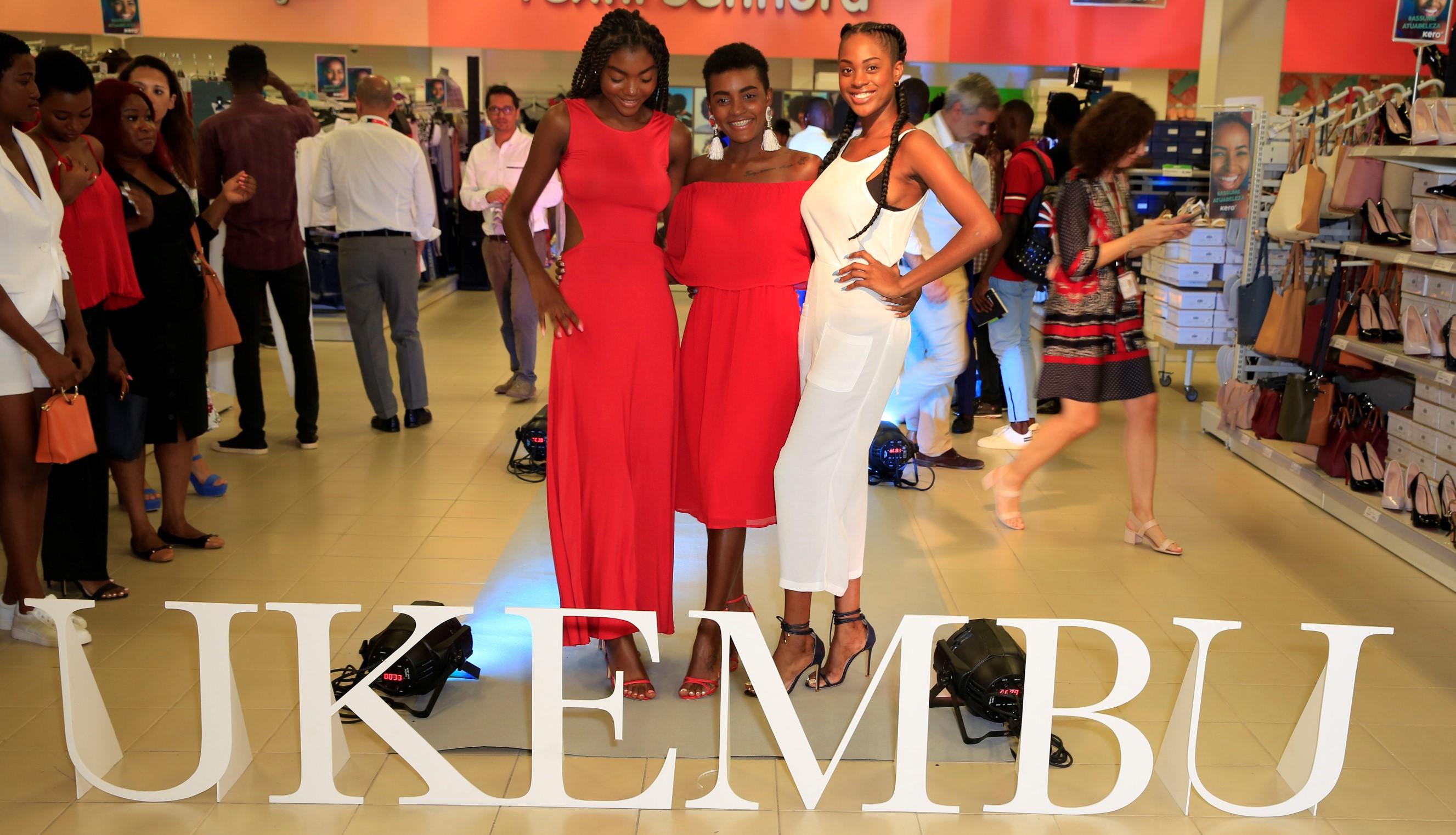 Aconteceu em Angola o desfile de moda mais pequeno do mundo