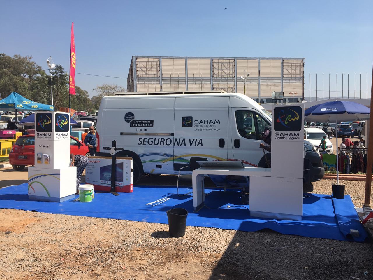 """Saham Angola conquista o prémio de """"Melhor Stand"""" na Expo-Huíla."""