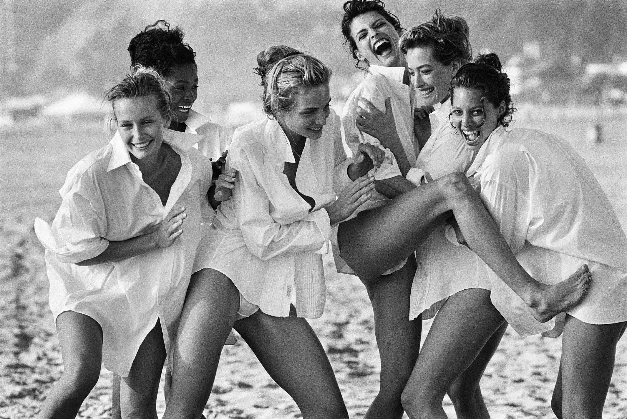 """O mundo da moda está em luto: Morre o fotógrafo Peter Lindbergh, criador do fenómeno """"Supermodel"""""""