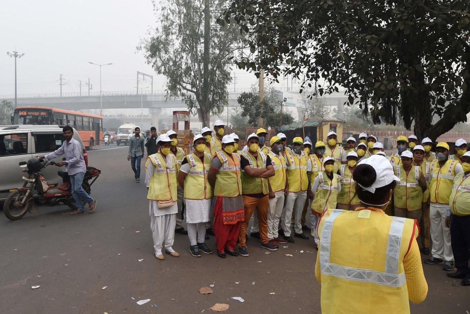 Poluição do ar em Nova Délhi atinge níveis venenosos