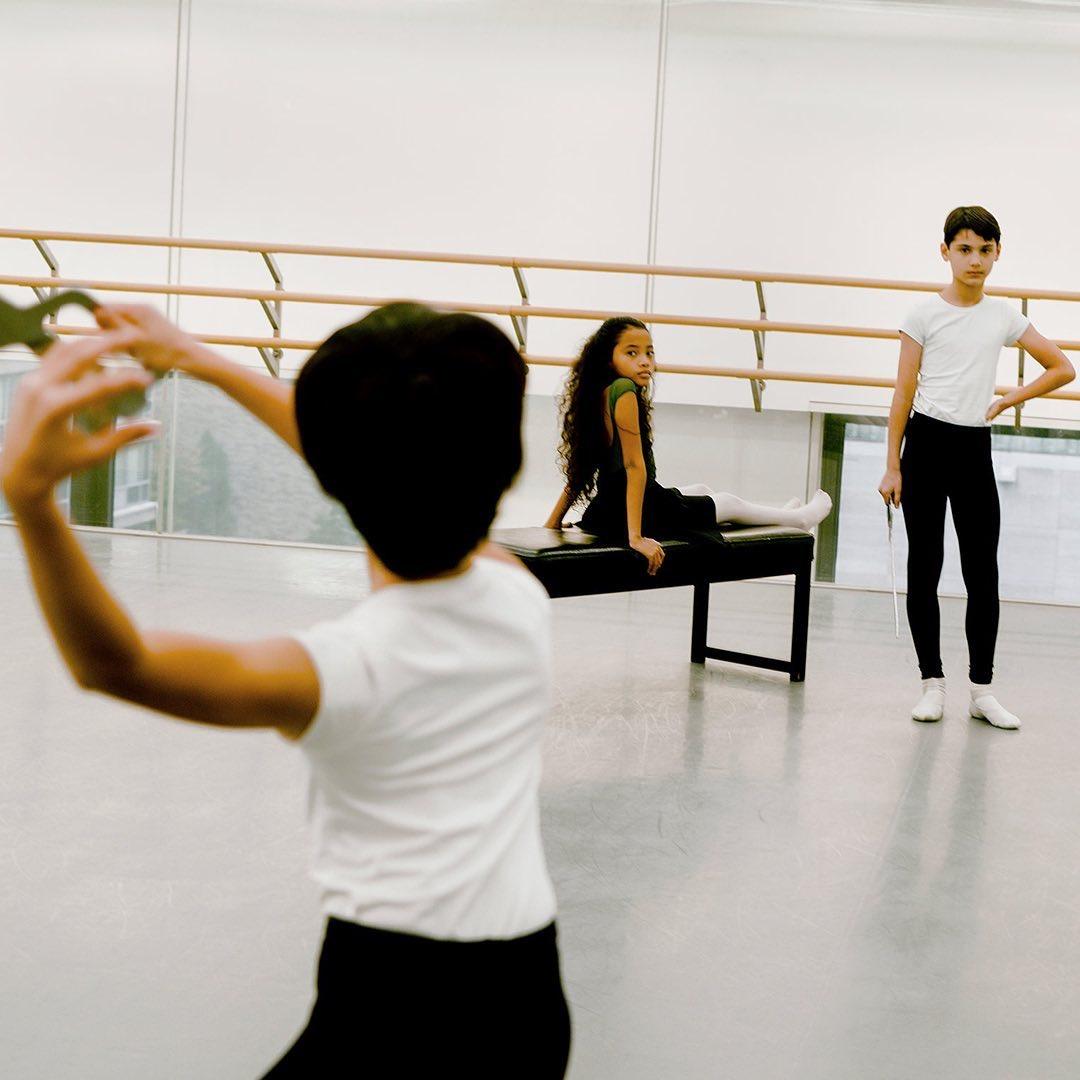 """Menina de 11 anos será a 1ª protagonista negra na peça de Ballet """"O Quebra Nozes"""""""