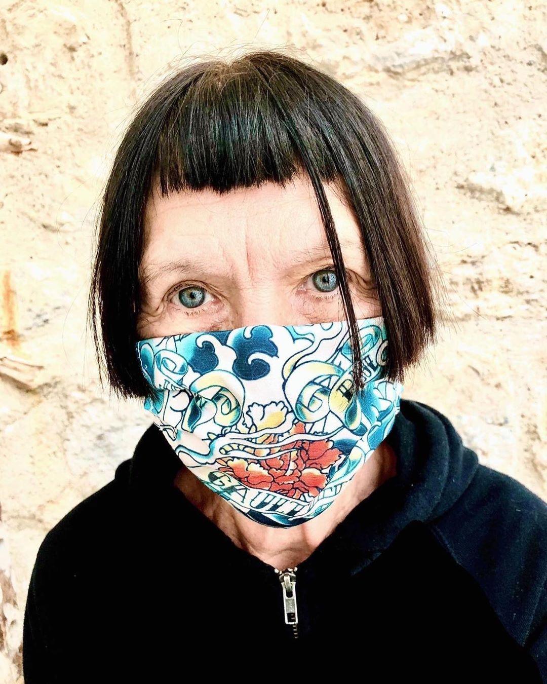 Jean Paul Gaultier fez máscaras de alta costura que não pára de inspirar