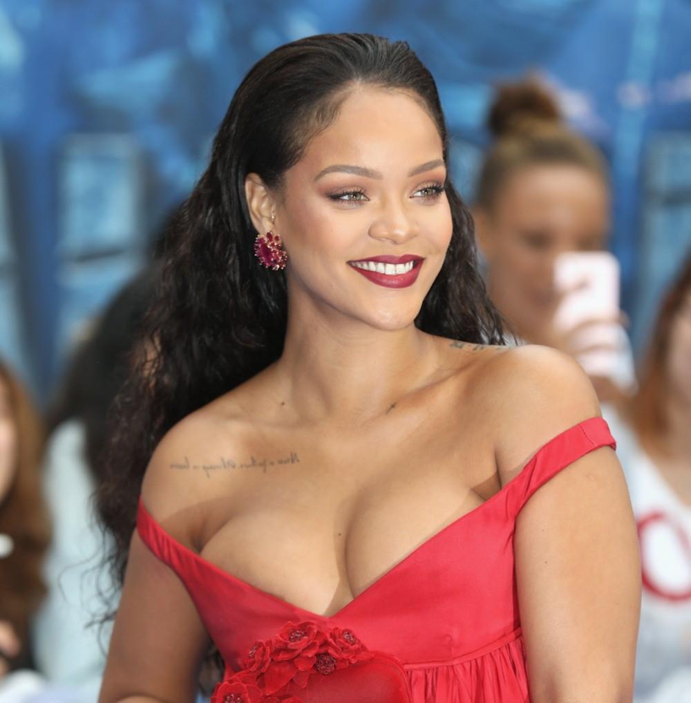 Rihanna é a mulher mais rica entre os músicos do Reino Unido