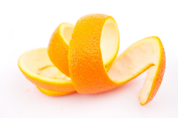 Saiba a vantagem do consumo da casca de laranja