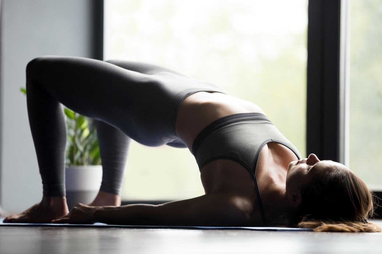 Alongamento para aliviar a dor nas costas