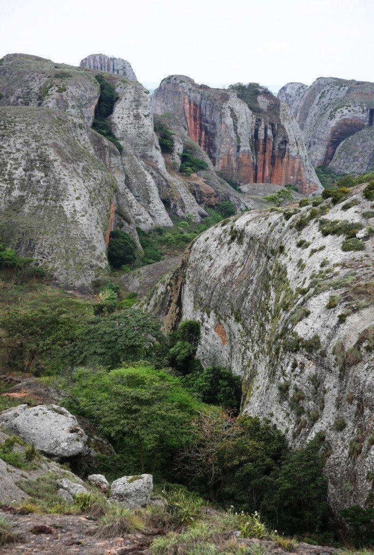 Acampar nas Pedras Negras de Pungo Andongo