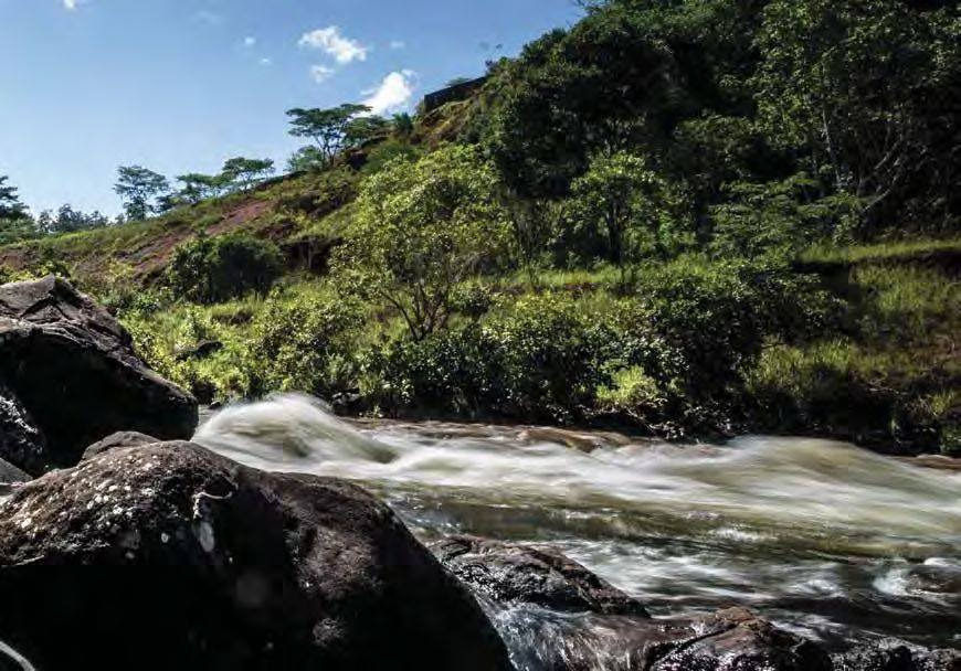 Maravilhas Naturais de Angola: As Quedas do Rio Chiumbe