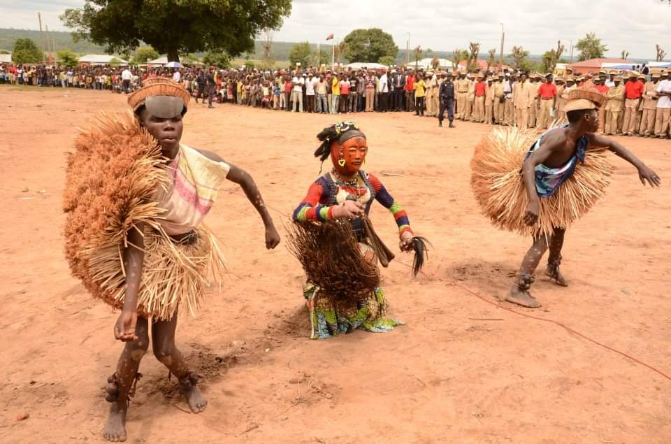 Antepassados são invocados em ritual na Lunda-Sul, para preservação da tradição: O regresso às origens