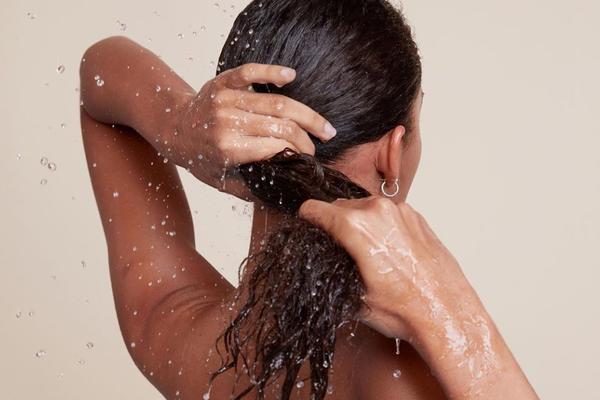 Shampoo vegan sem nenhum componente de origem animal