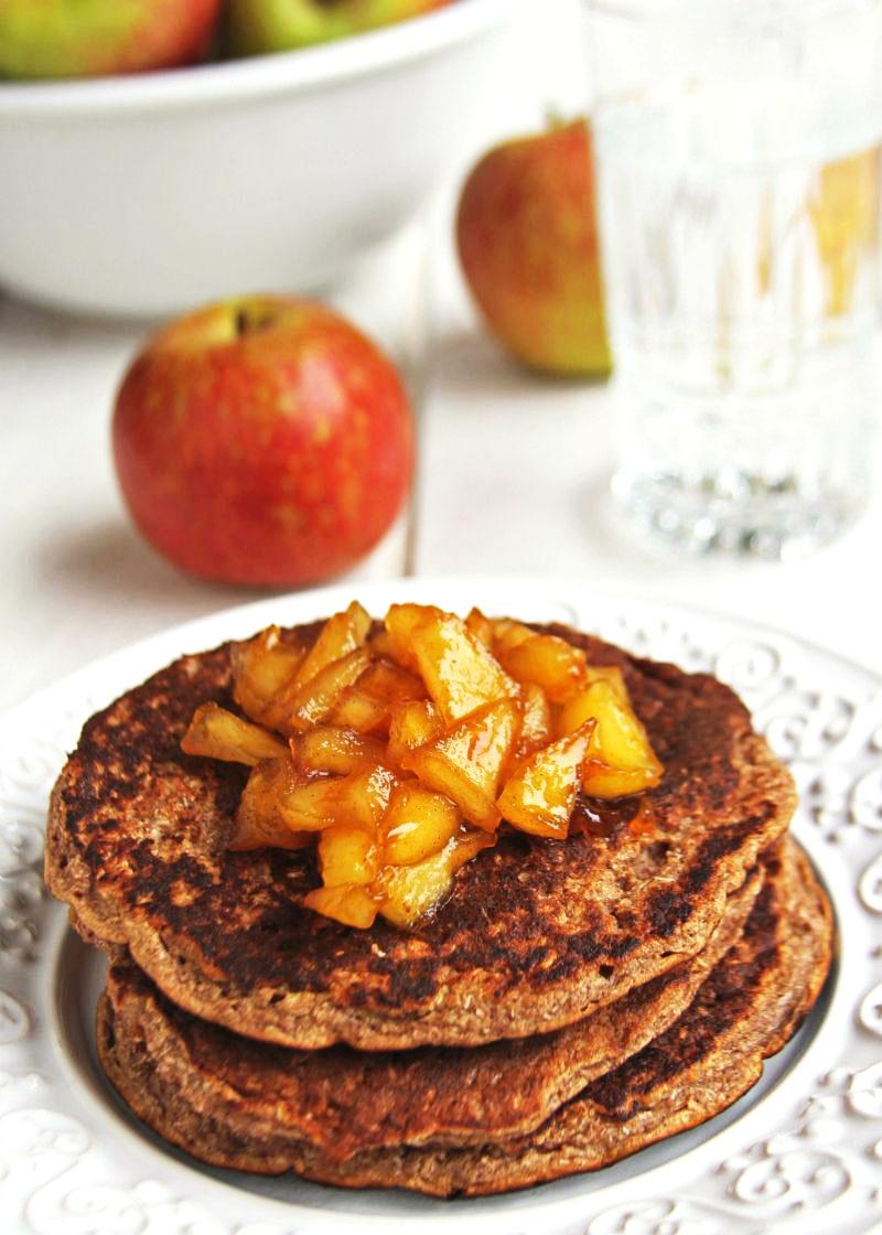 Panquecas saudáveis de abóbora e maçã