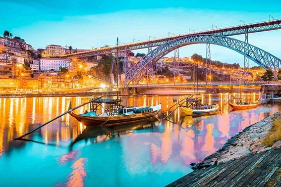 Não perca a oportunidade de conhecer a velha cidade do Porto