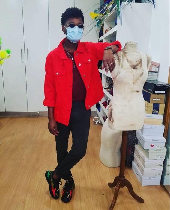 Criador de moda Orlando Zua