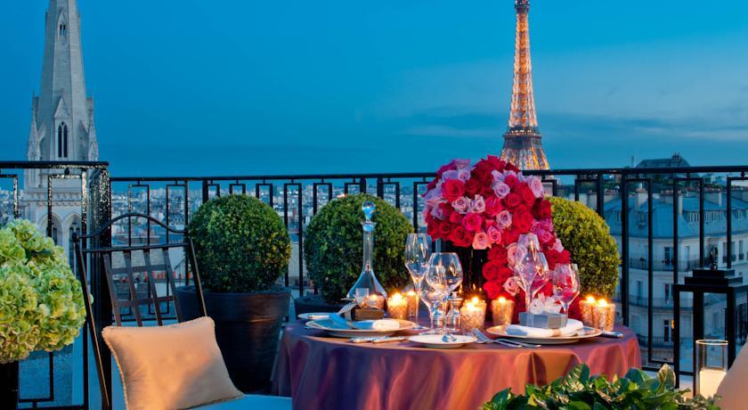 Por que é que París é a cidade do amor?