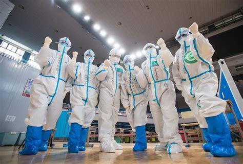Dez médicos chineses apoiam a luta contra a pandemia em Angola