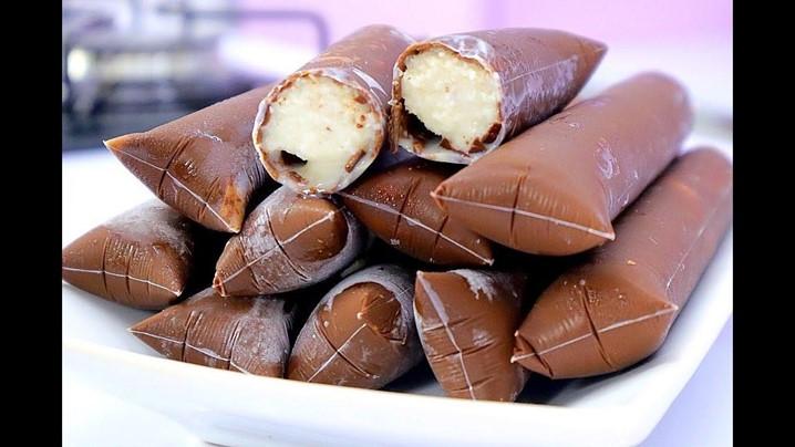 Gelado Gourmet com casca de Chocolate: Uma receita de deixar água na boca!