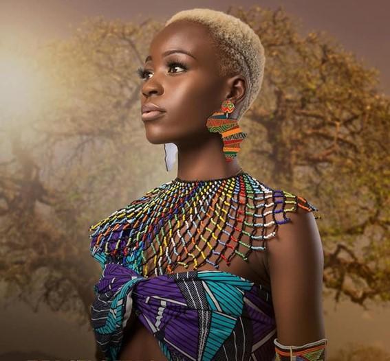 Ana Muanza: a melanina pura que se busca no mundo da moda