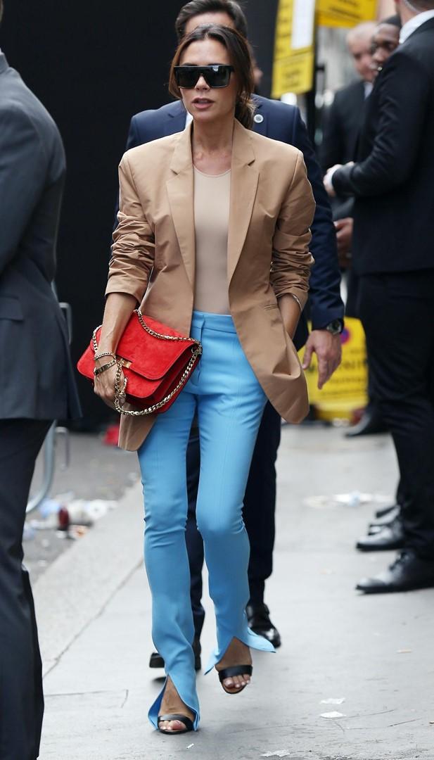 Tendência das calças divididas, aquele detalhe fashion que muda tudo