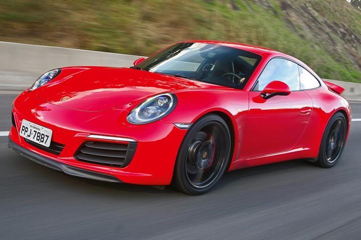 Porsche 911 estreia este ano na versão Turbo S com 650 cavalos: acelera de 0 a 100 km/h em apenas 2,7 segundos e chega aos 320 km/h