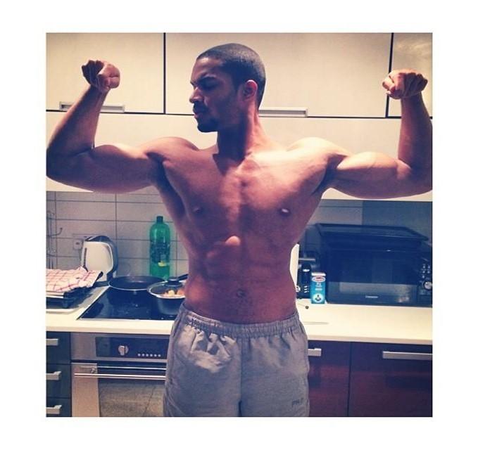 Acompanhe as dicas de exercícios físicos dadas pelo Personal Trainer Emerson Narciso