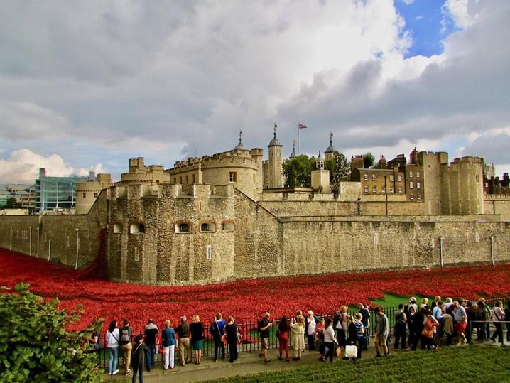 Em Inglaterra, dê um salto à famosa torre de Londres