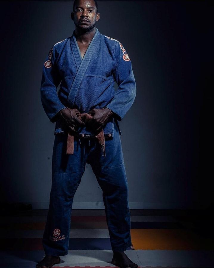 Jiu-jitsu tradicional ou Jiu-jitsu brasileiro? O mestre Abel Massanga prefere o Tradicional