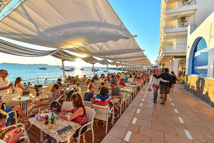 Reserva no Café del Mar de IBIZA