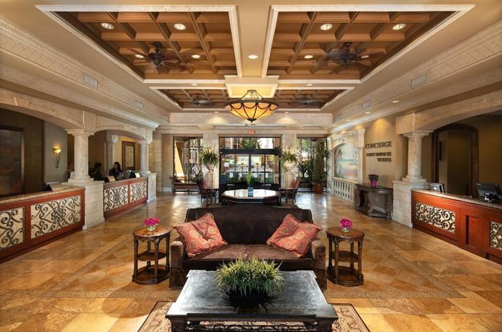 Fique aqui: Floridays Orlando Two & Three Bedrooms Condo Resort