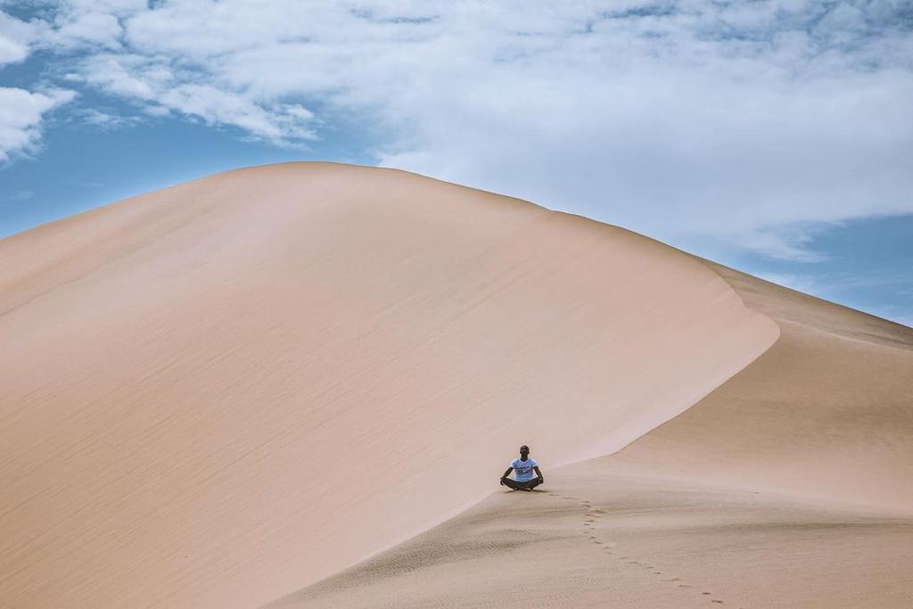 Uma viagem ao deserto do Namibe