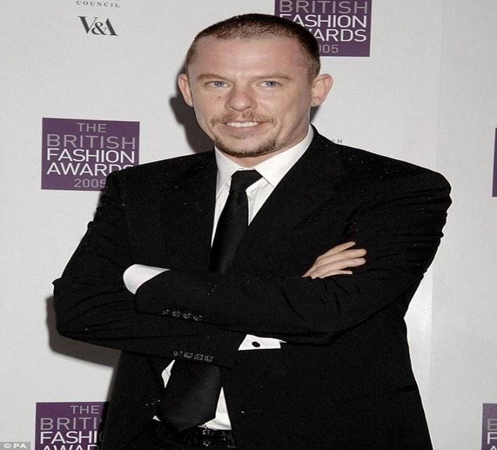 Alexander Mcqueen: o senhor da moda