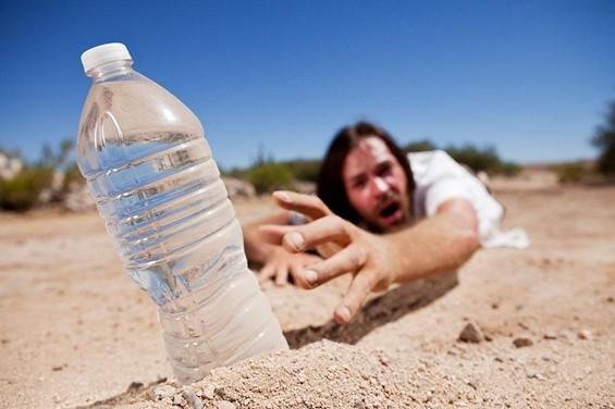 10 sinais de que tem consumido pouca água