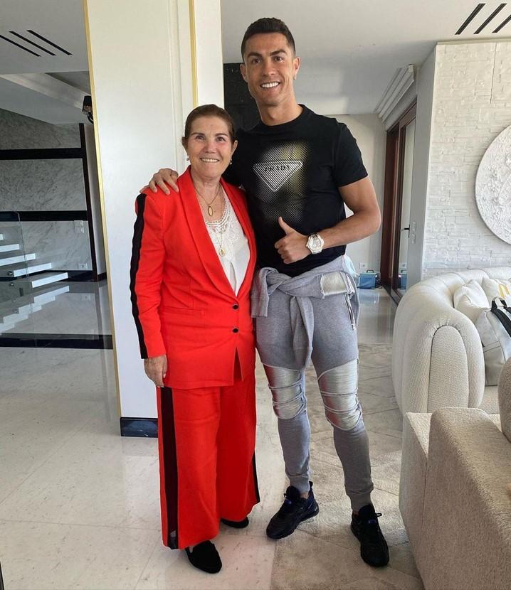 Cristiano Ronaldo pede à mãe que não assista aos seus jogos no Manchester United