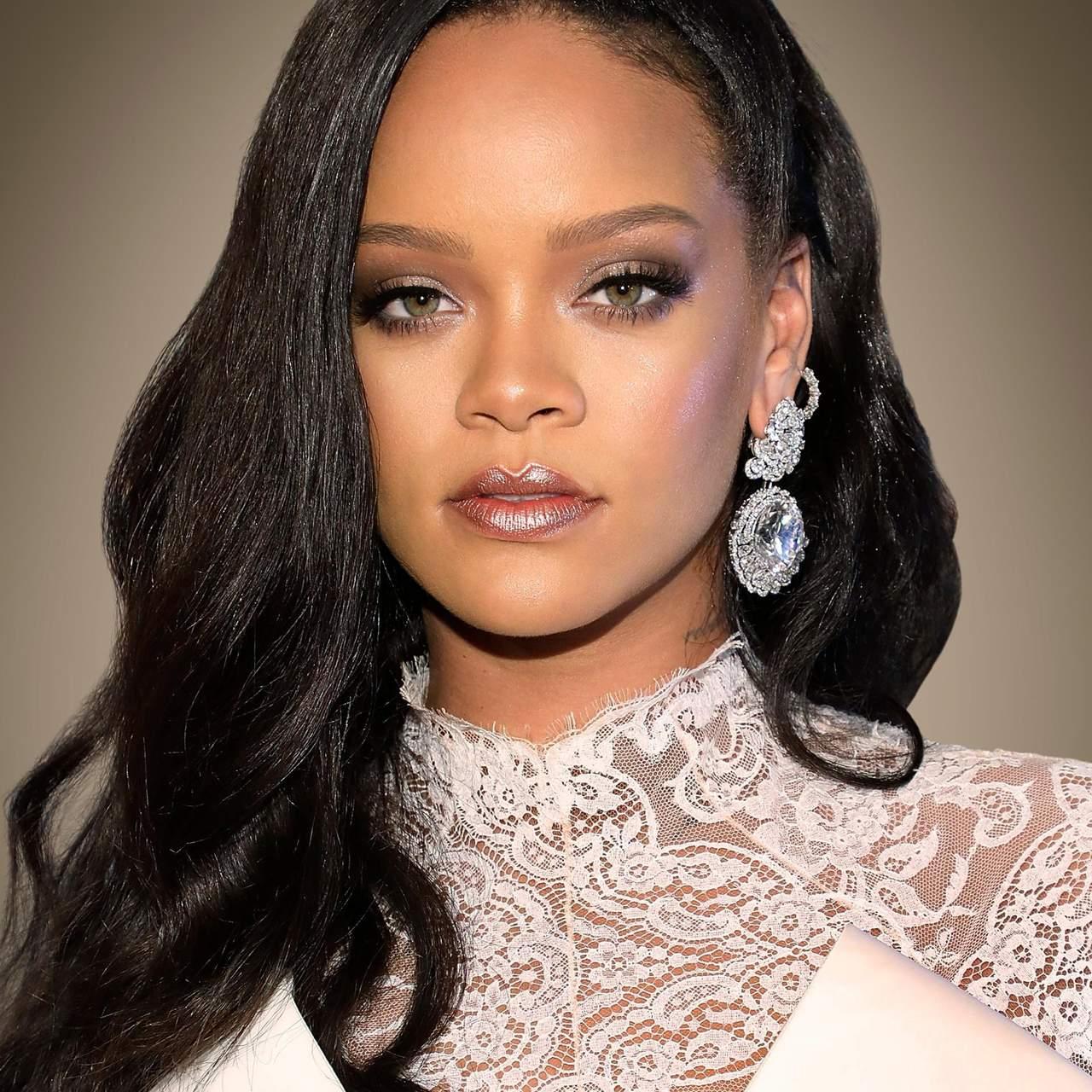 """Novo álbum de Rihanna a caminho: """"Vocês não estão à espera do que vão ouvir"""""""