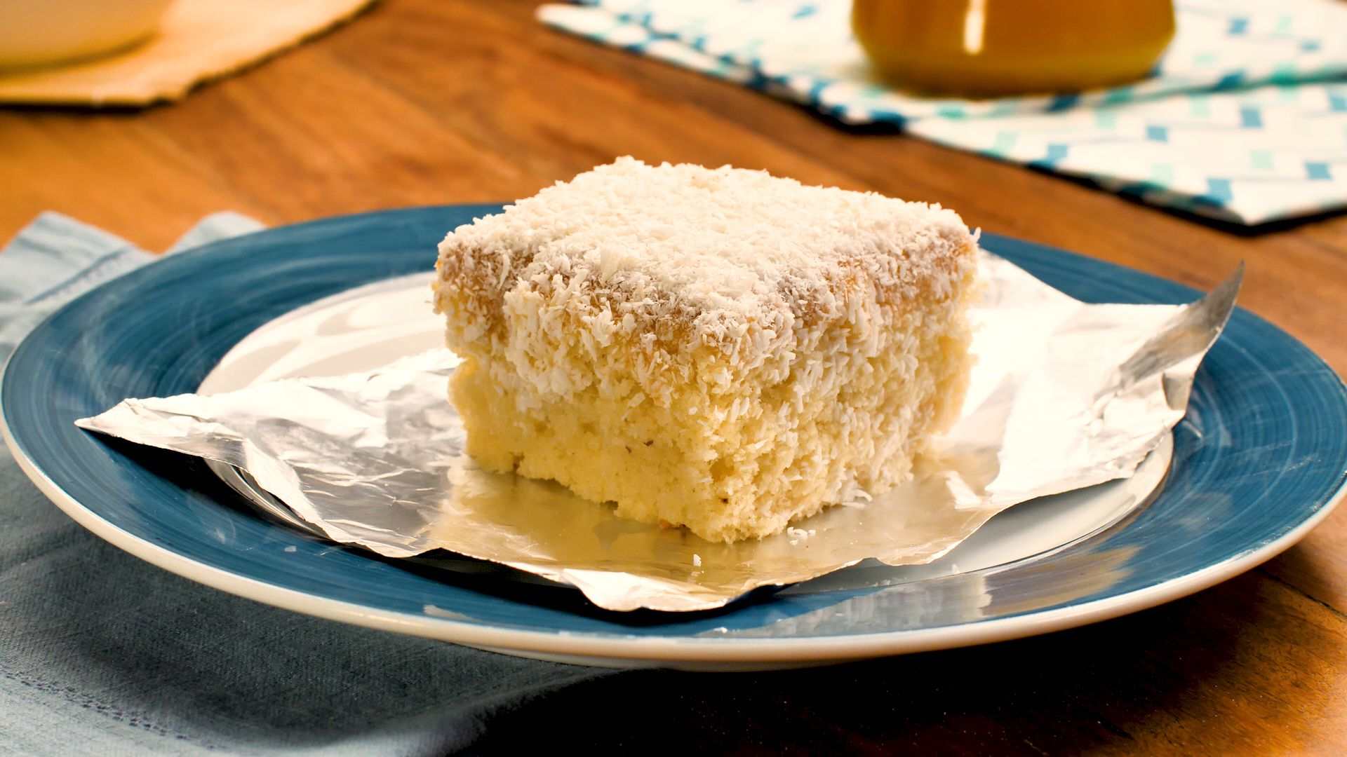 Um bolo de coco que nunca provou: bolo gelado de côco húmido