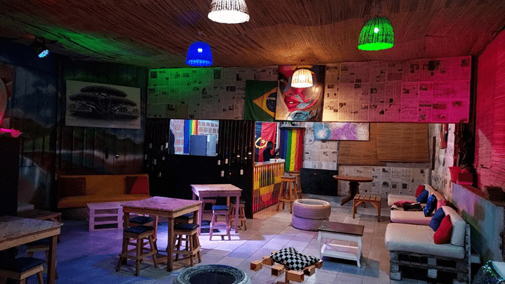 Visite o Bar Luando lounge
