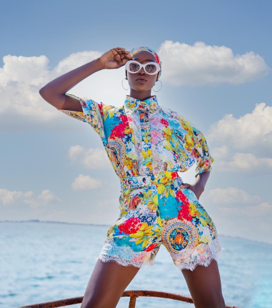 Regarde-moi Couture lança nova coleção